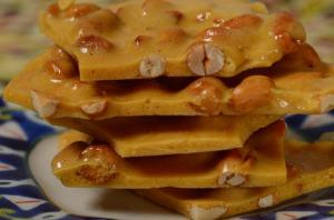 peanut-brittle-from-the-joy-of-baking